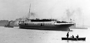 Nomadic tuż po wodowaniu - kwiecień 1911