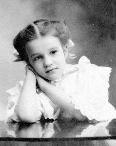 Młoda Emily Borie Ryerson, ok 1900.
