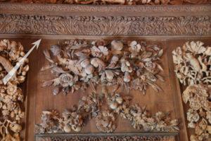 Aplikacje dębowe Grinlinga Gibbonsa w Hampton Court Palace