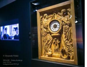 """Zdjęcie panelu zegarowego na wystawie """"Titanic - Prawdziwa Historia"""" w Krakowie, 2018."""
