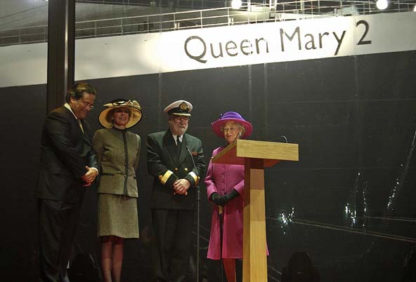 Queen Mary 2 - ceremonia chrztu
