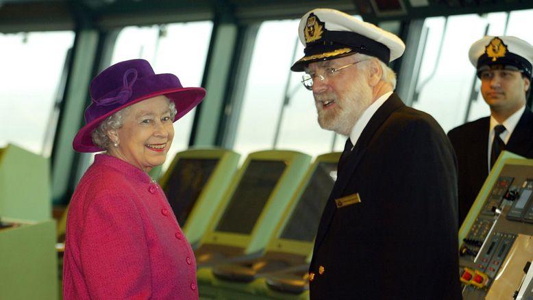 Królowa Elżbieta II i Ron Warwick