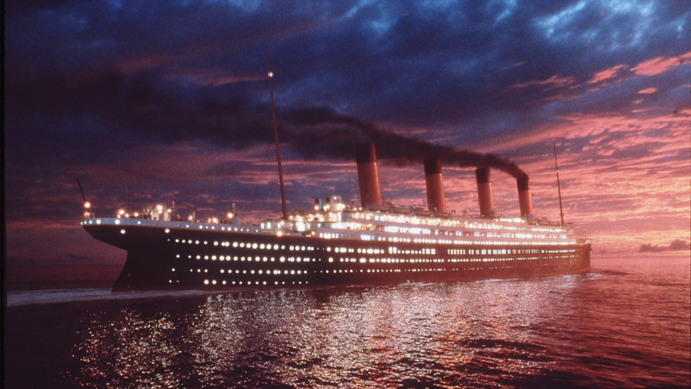 Titanic zachód słońca